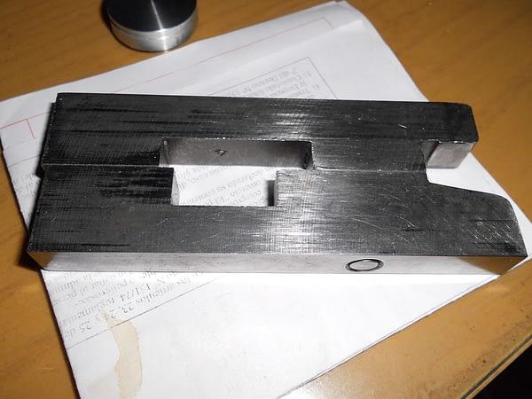 Turret lathe locks